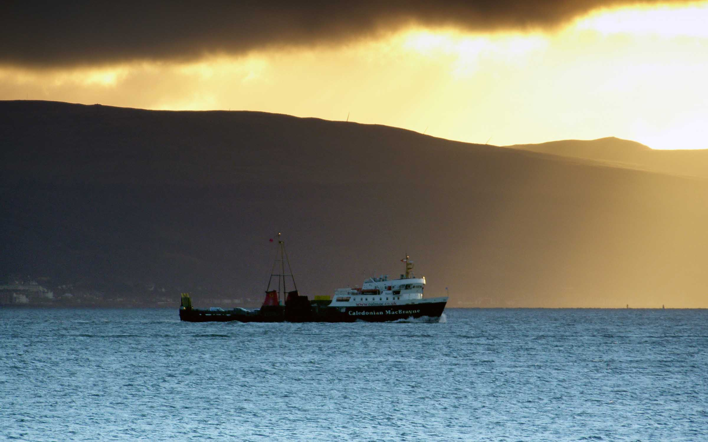 Juno crossing to Rothesay (Ships of CalMac)