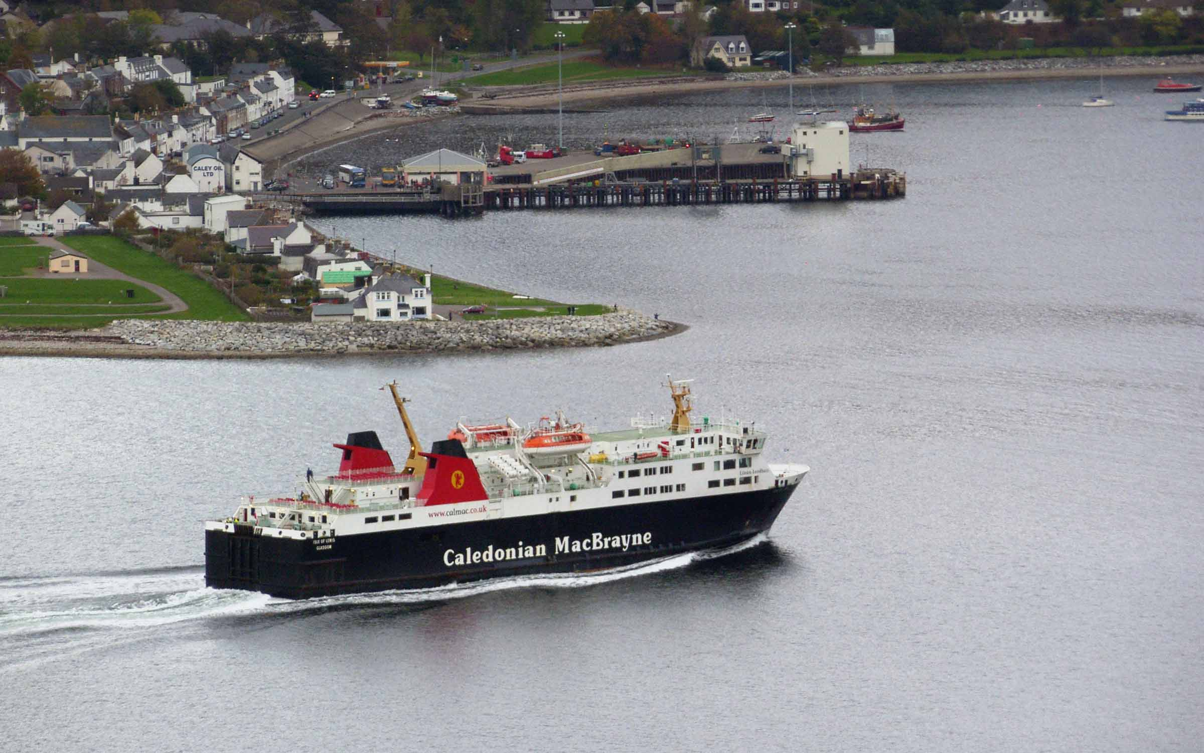 Isle of Lewis approaching Ullapool (Ships of CalMac)
