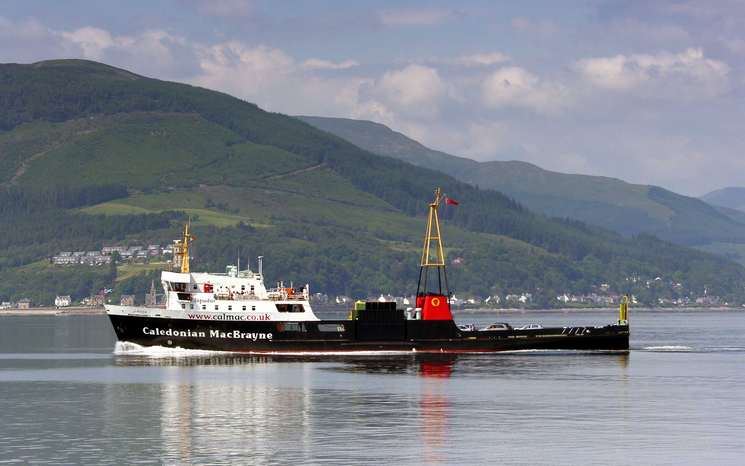 Jupiter heading from Gourock to Dunoon (Ships of CalMac)