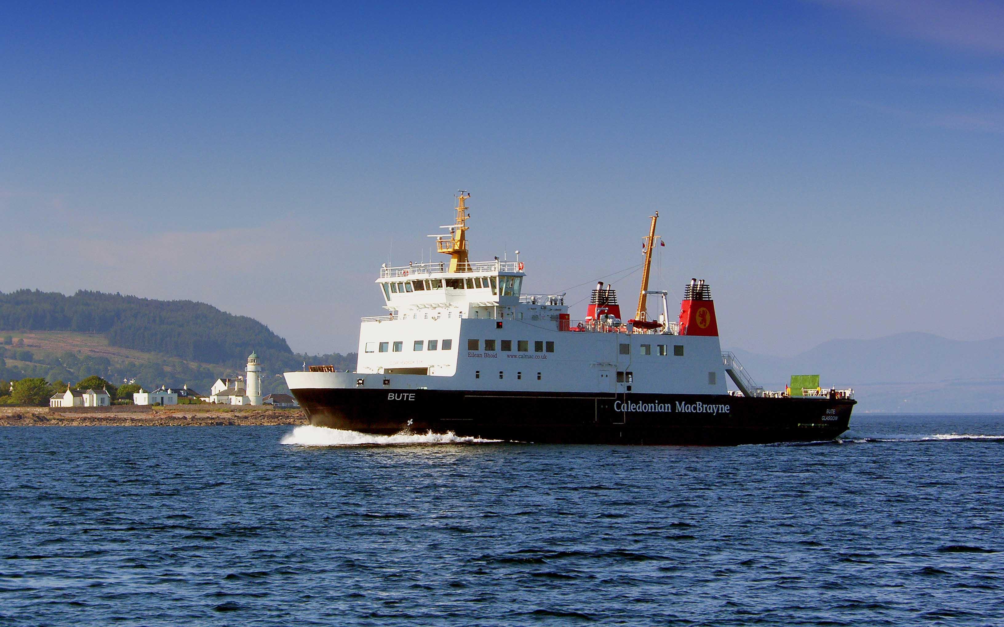 Bute passing Toward Point (Ships of CalMac)