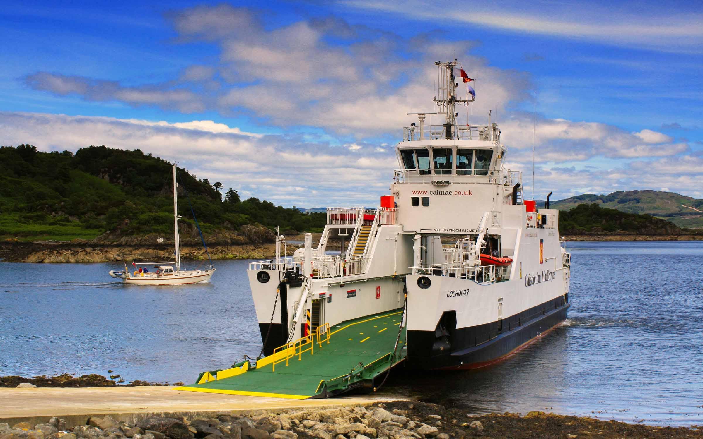 Lochinvar at Tarbert (Ships of CalMac)