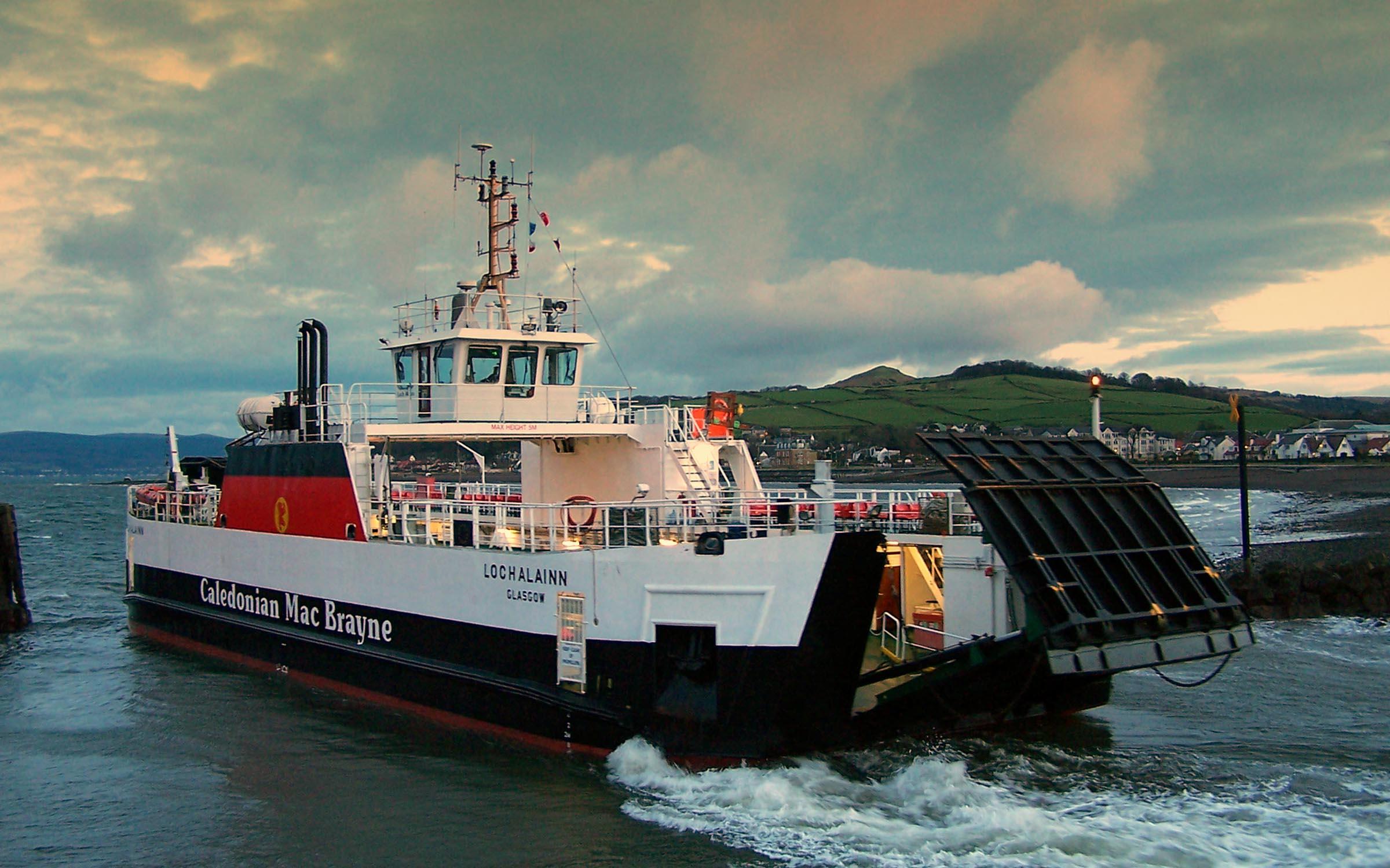 Loch Alainn leaving Largs (Ships of CalMac)