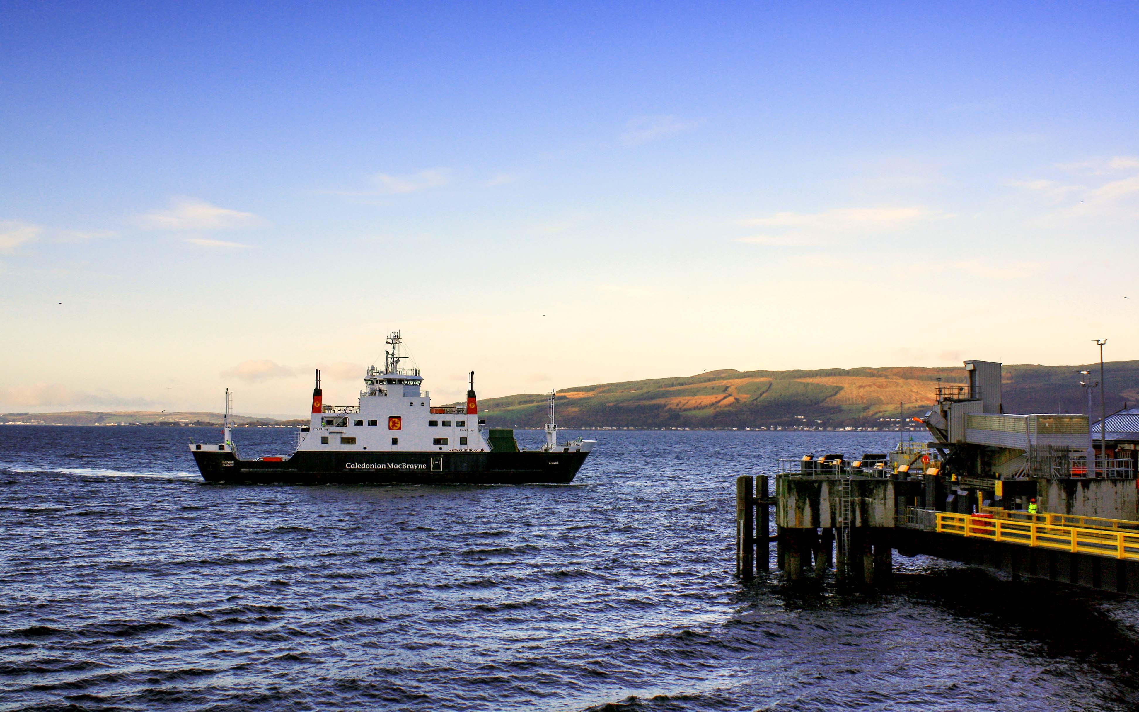 Coruisk arriving at Wemyss Bay (Ships of CalMac)
