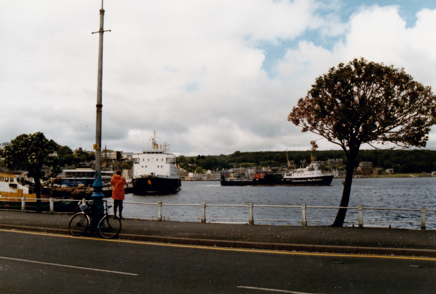 Claymore and Saturn at Rothesay (Jim Aikman Smith)