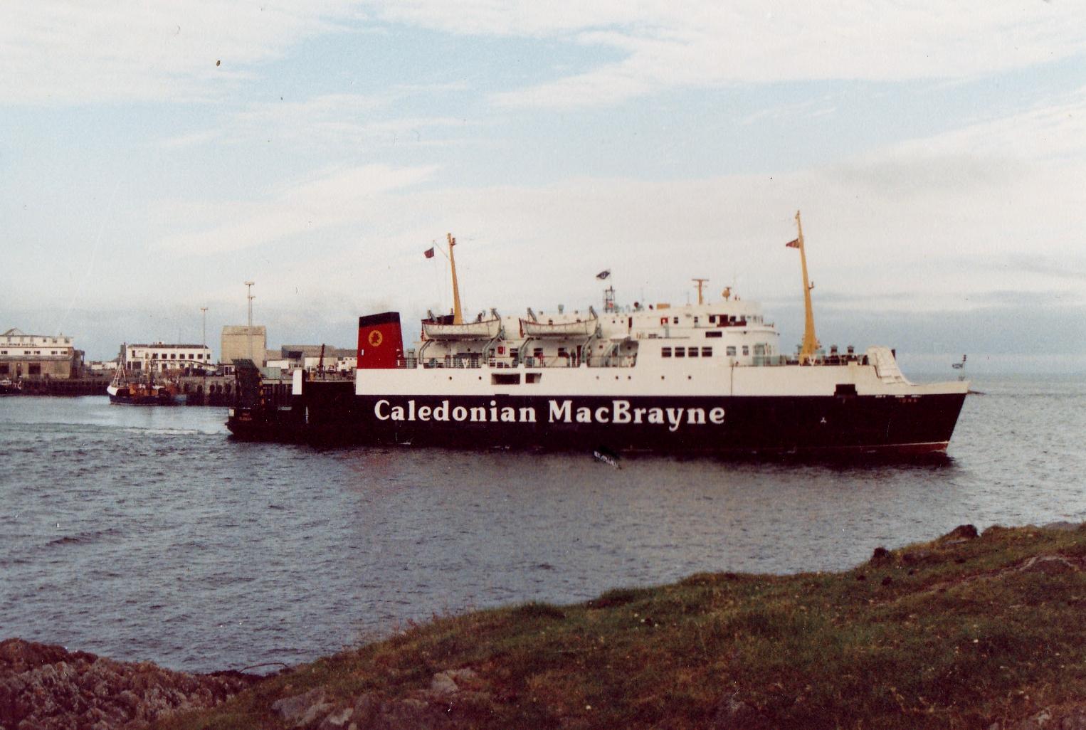 Iona leaving Mallaig (Jim Aikman Smith)