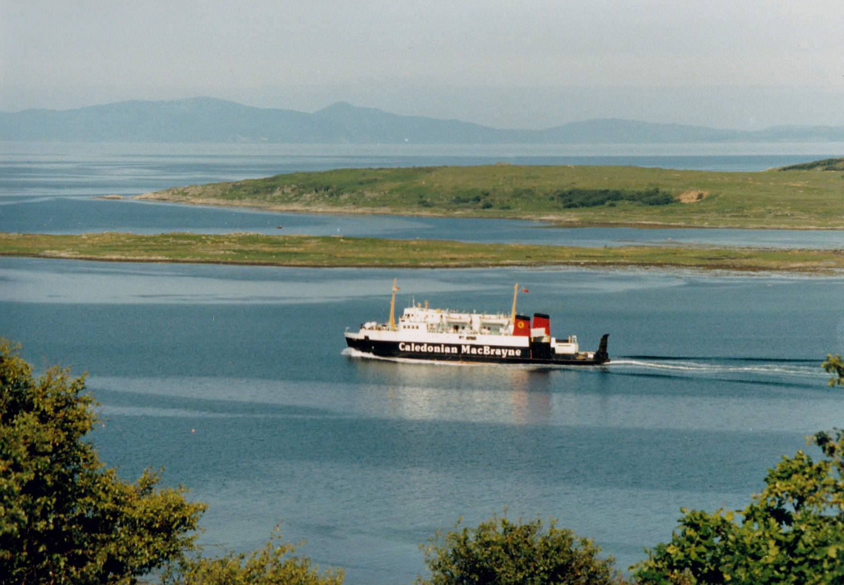 Iona in West Loch Tarbert (Jim Aikman Smith)