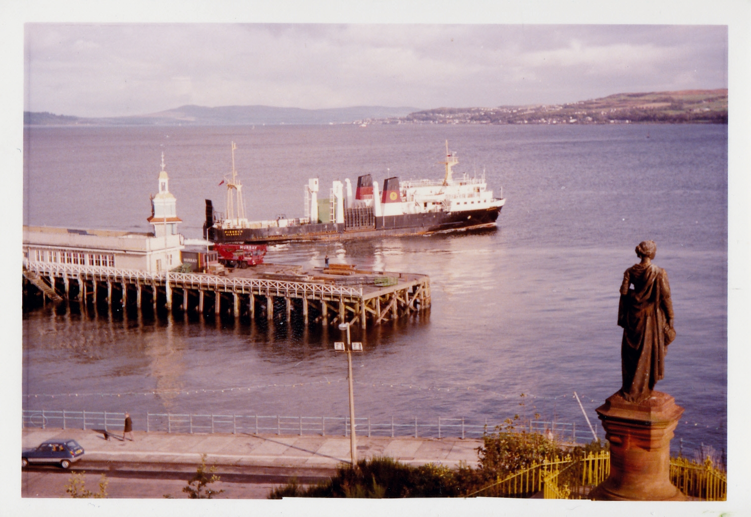 Pioneer leaving Dunoon (Jim Aikman Smith)