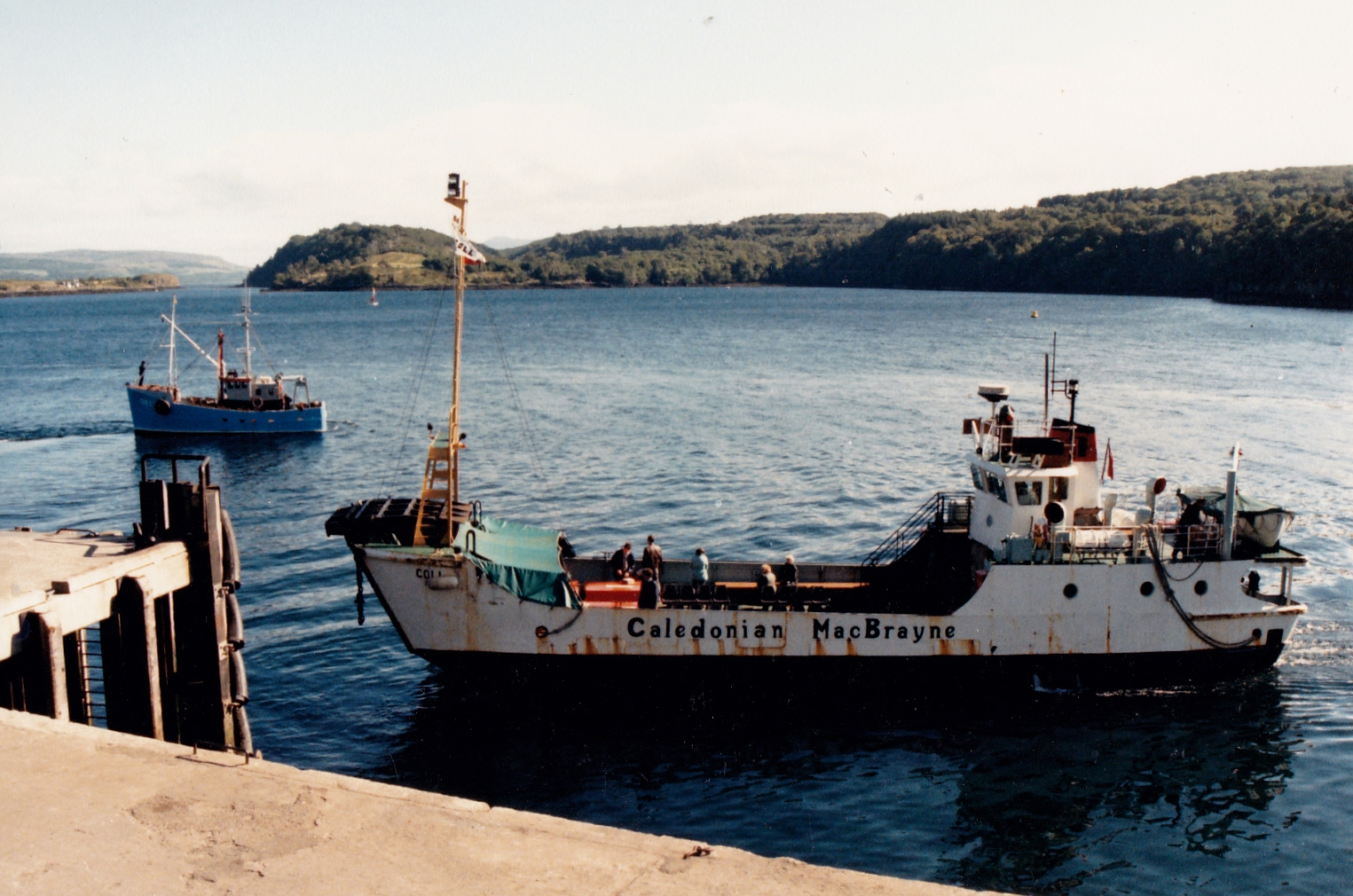 Coll coming onto Tobermory pier (Jim Aikman Smith)