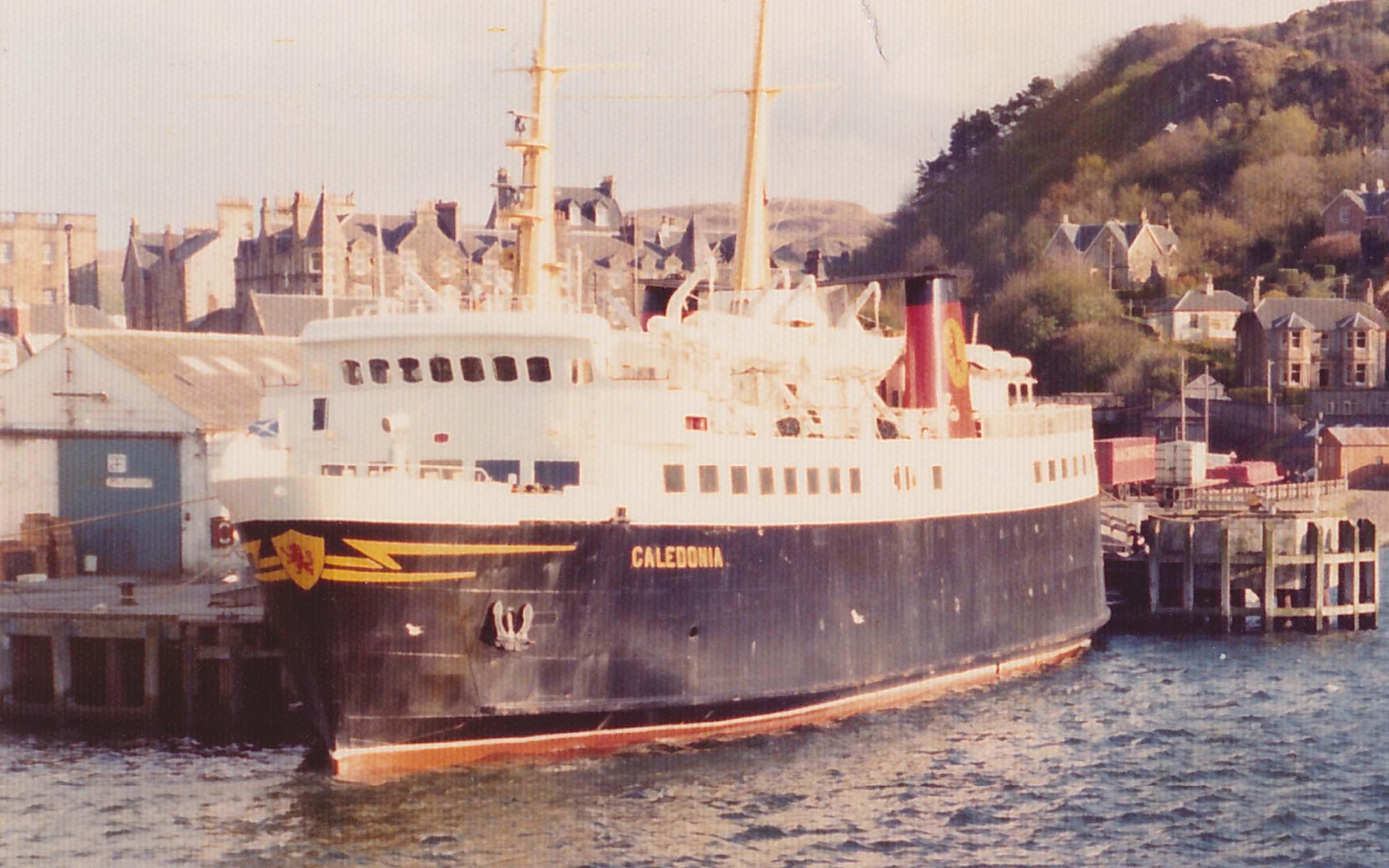 Caledonia at Oban linkspan (Ships of CalMac)