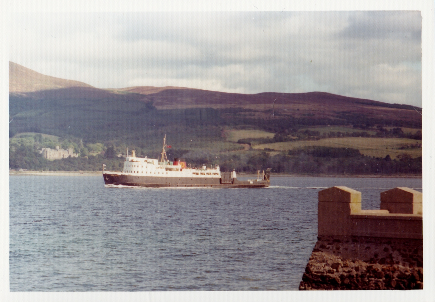 Glen Sannox crossing to Rothesay (Jim Aikman Smith)
