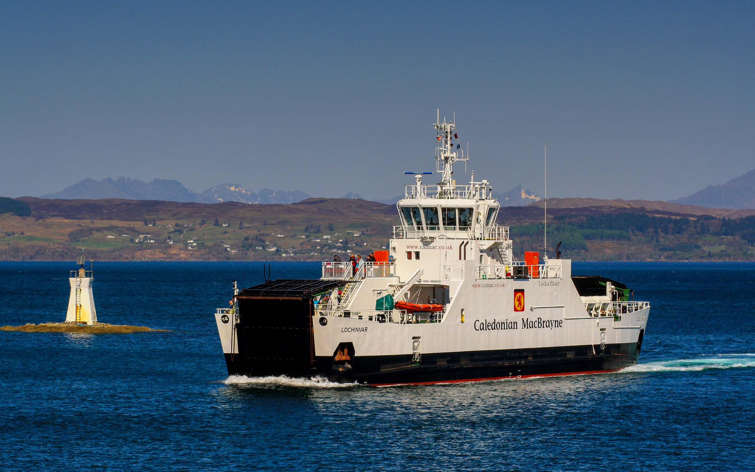 Lochinvar entering Mallaig Harbour (Ships of CalMac)