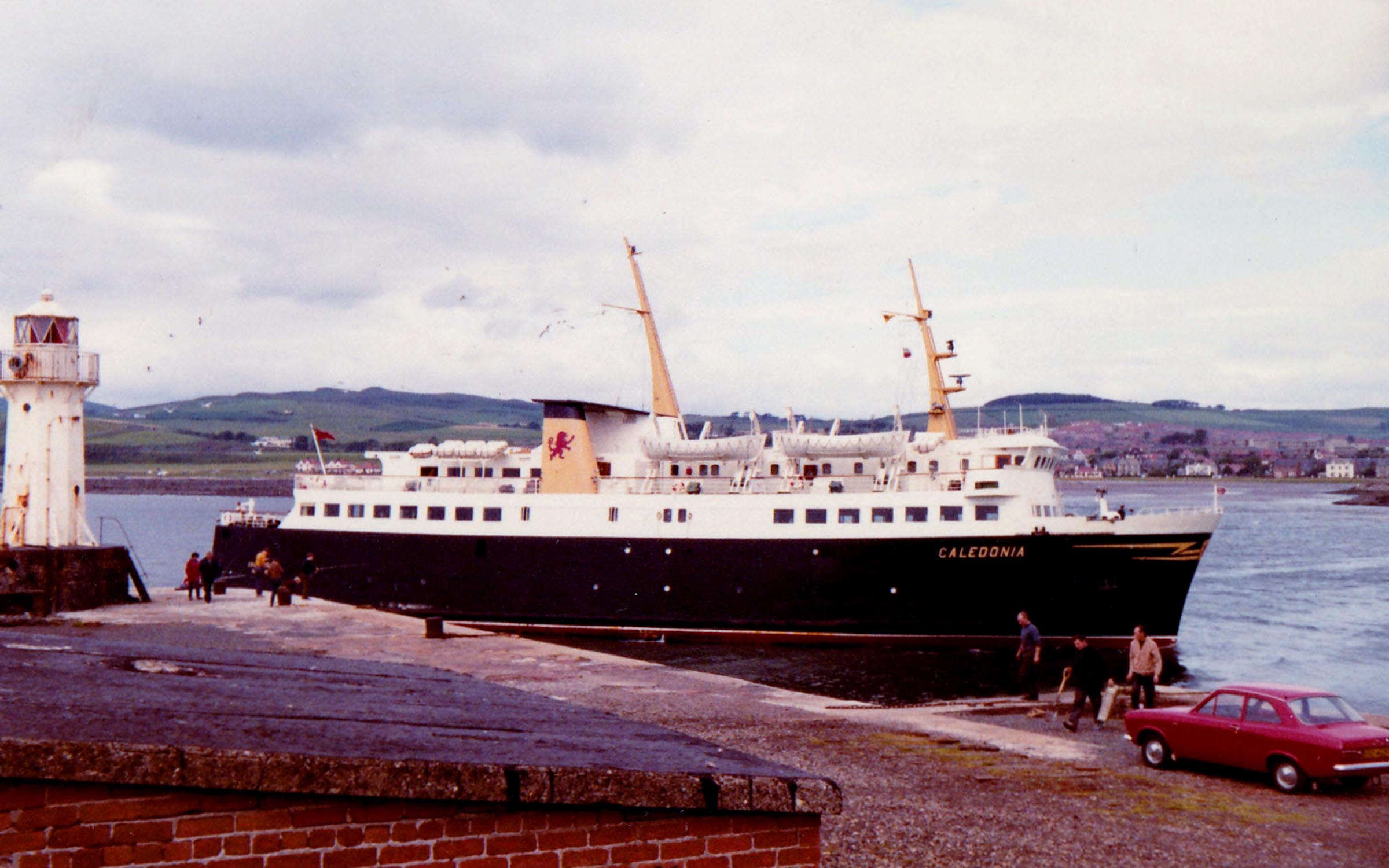 Caledonia arriving entering Ardrossan Harbour (Jim Aikman Smith)