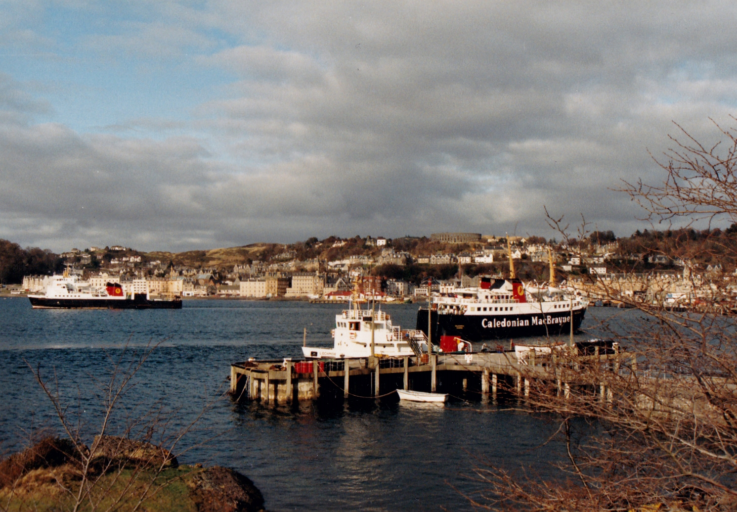 Lochmor at Oban with Caledonia and Claymore (Jim Aikman Smith)
