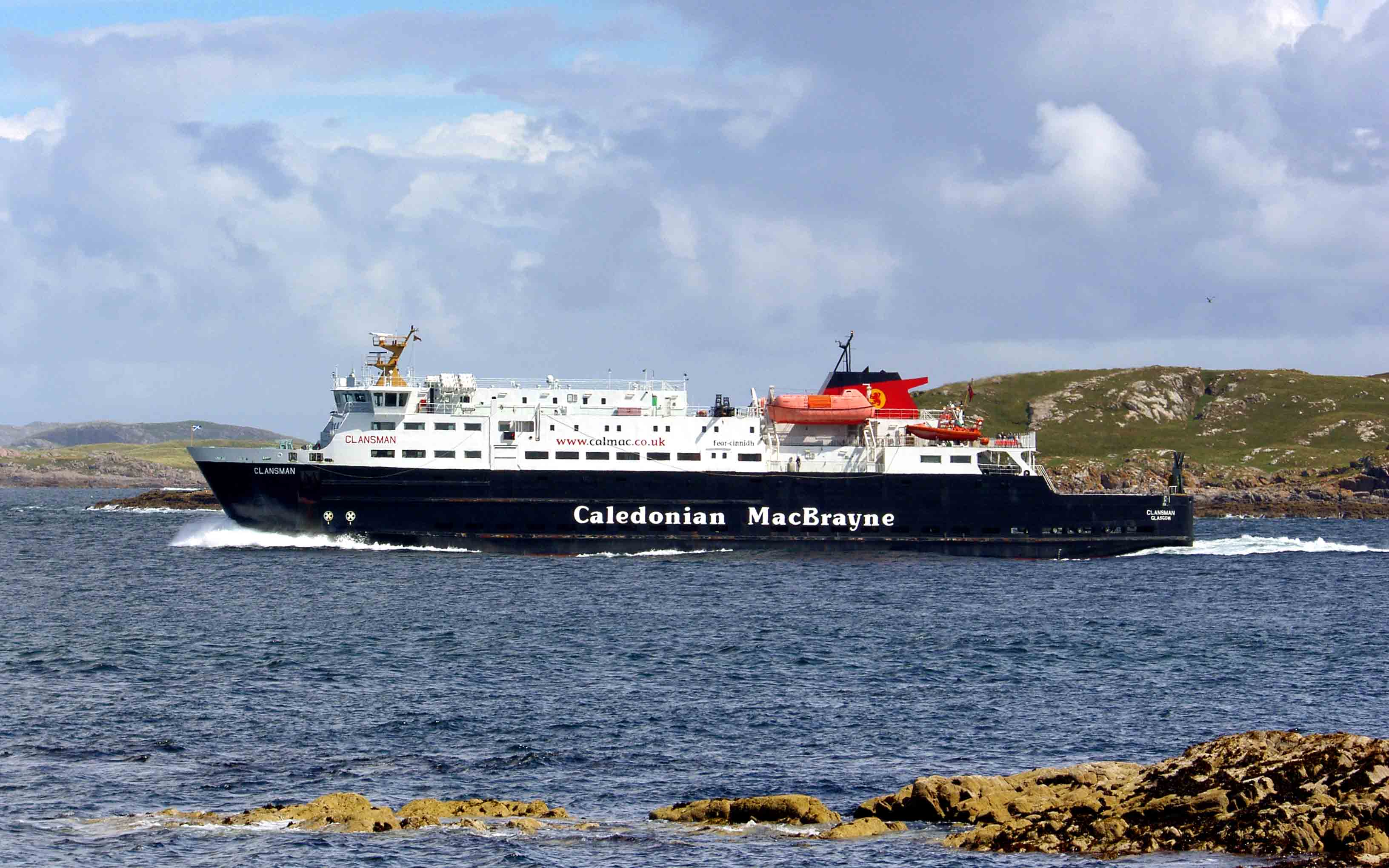 Clansman between Coll and Tiree (Ships of CalMac)