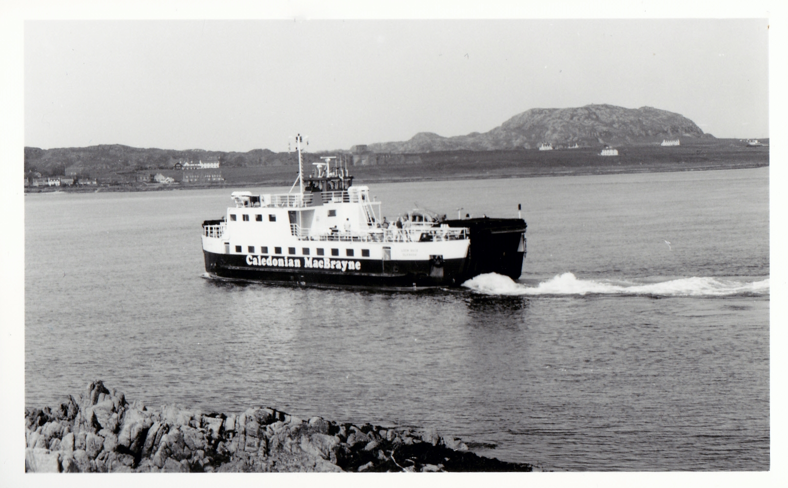 Loch Buie in the Sound of Iona (Jim Aikman Smith)