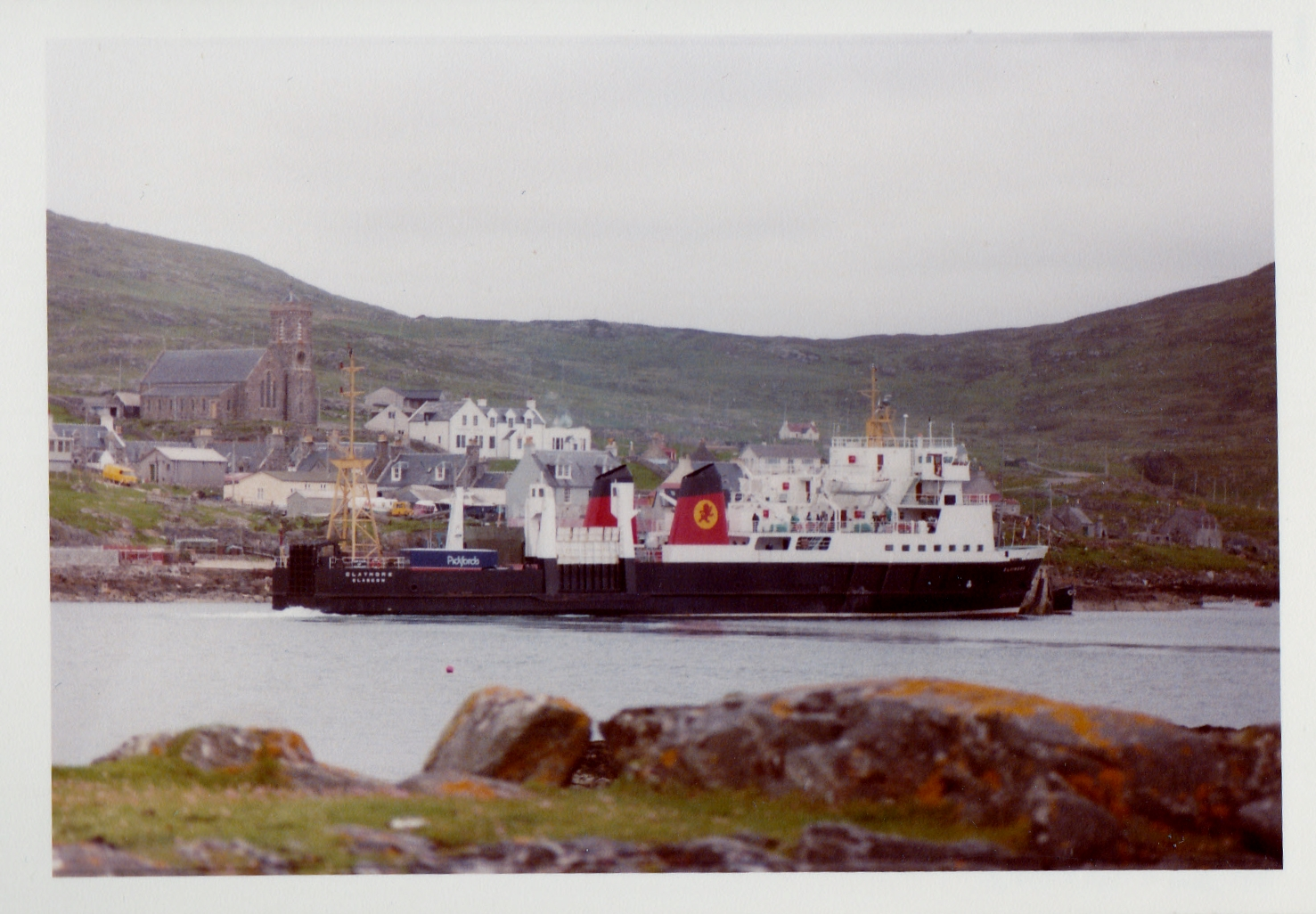 Claymore arriving at Castlebay (Jim Aikman Smith)