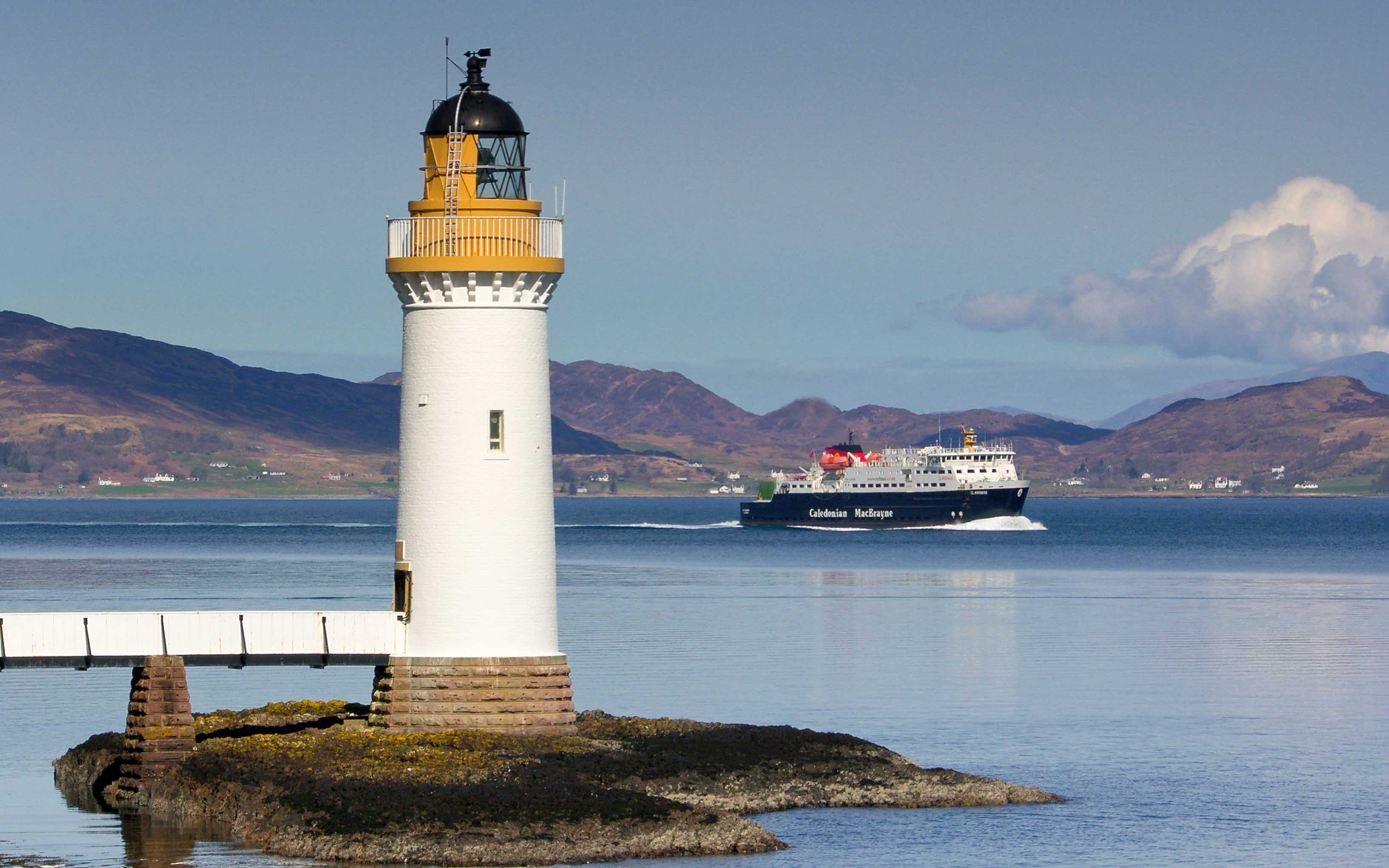 Clansman passing Rubha nan Gall lighthouse (Ships of CalMac)