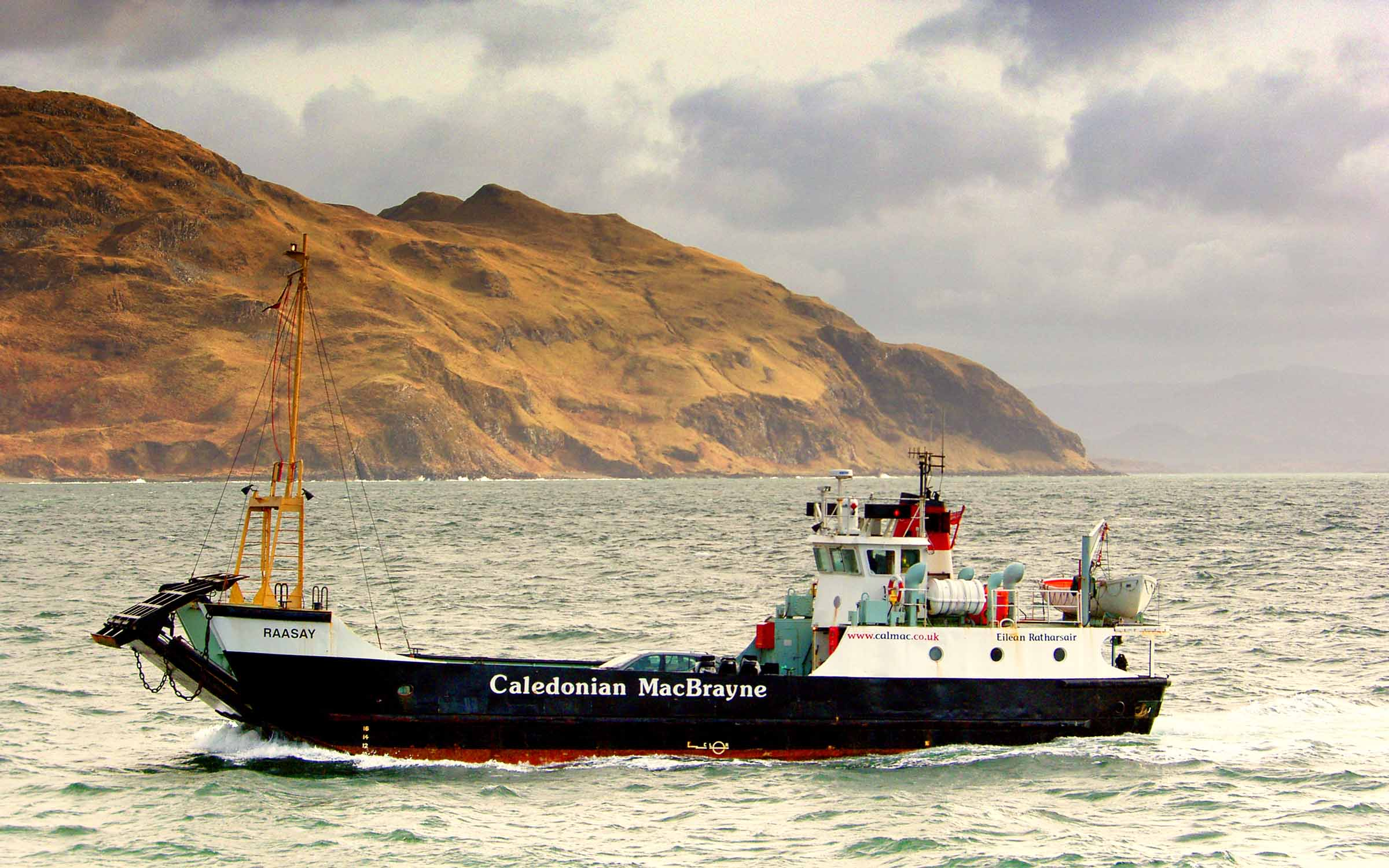 Raasay arriving at Kilchoan (Ships of CalMac)