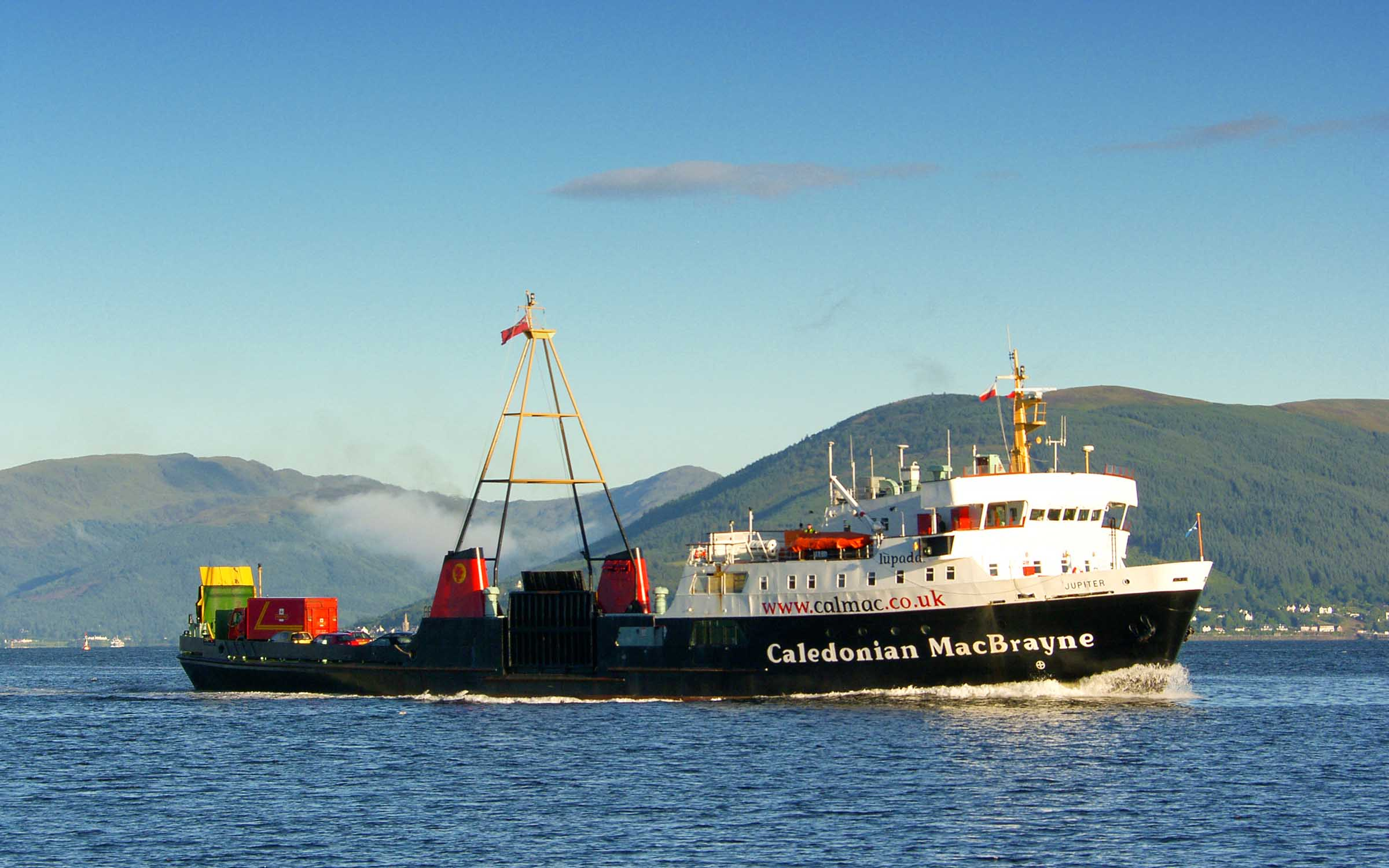 Jupiter approaching Gourock (Ships of CalMac)