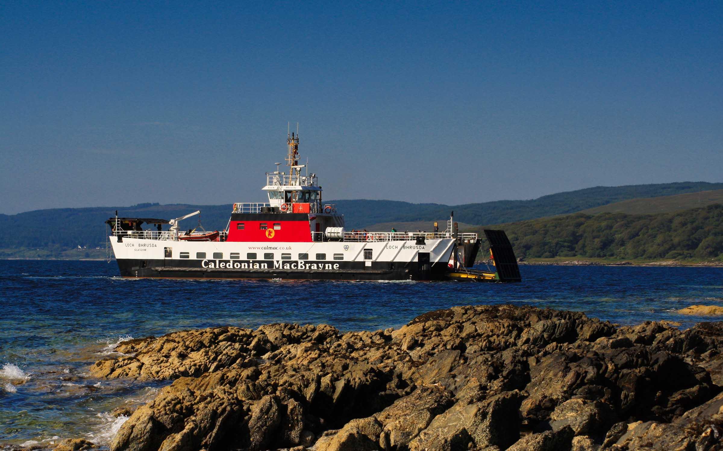 Loch Bhrusda arriving at Claonaig (Ships of CalMac)