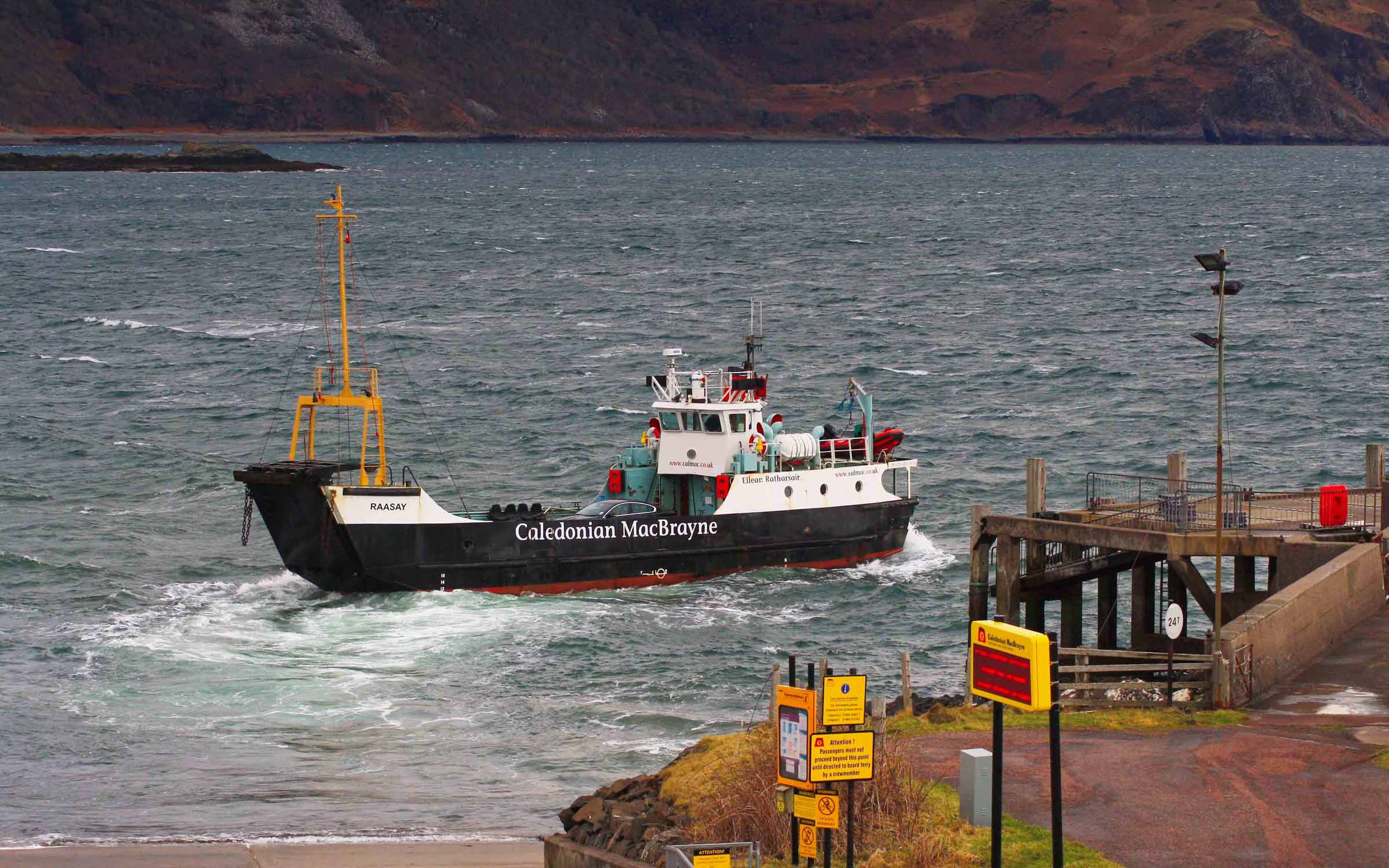 Raasay backing away from Kilchoan slipway (Ships of CalMac)
