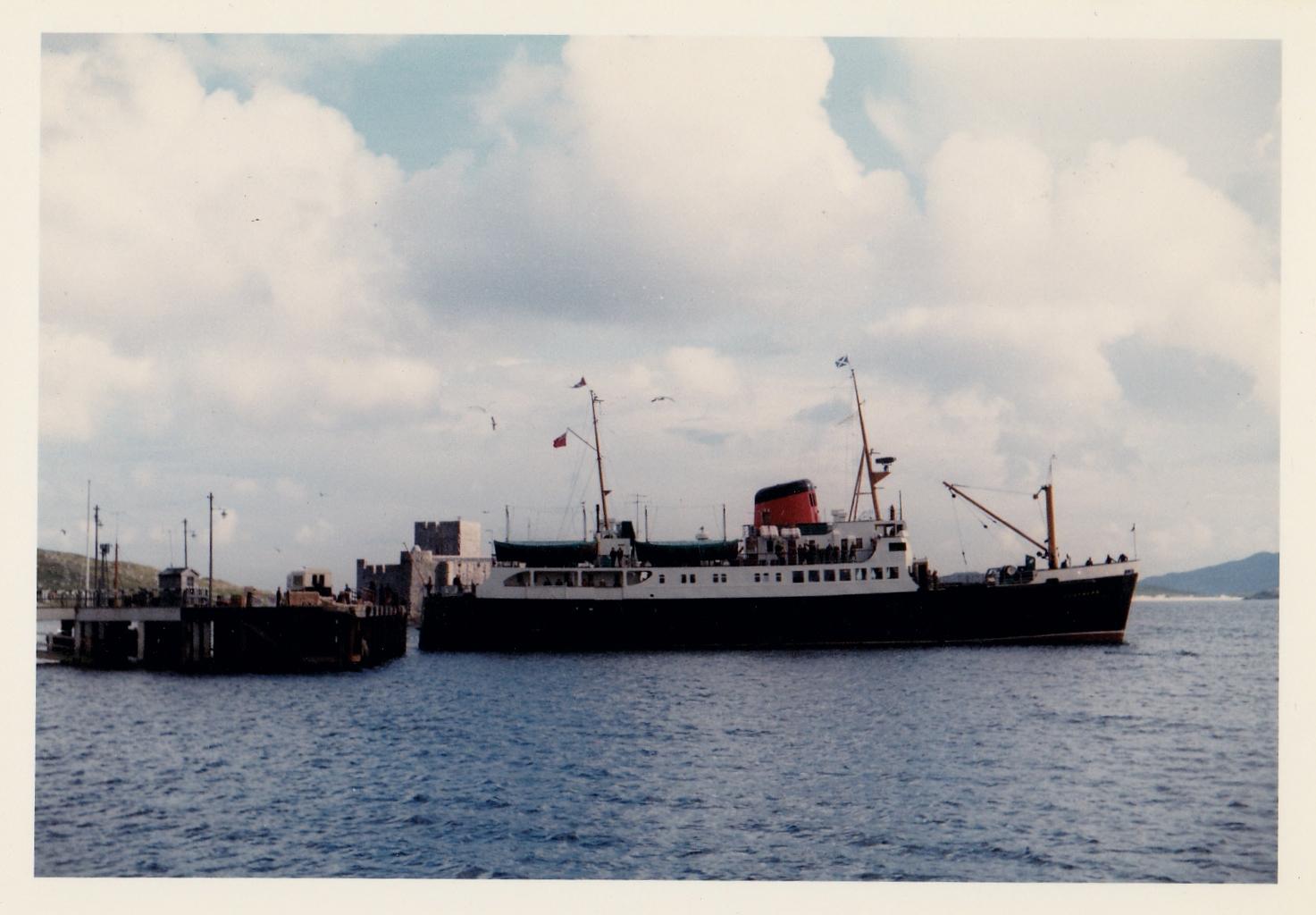 Claymore leaving Castlebay (Jim Aikman Smith)