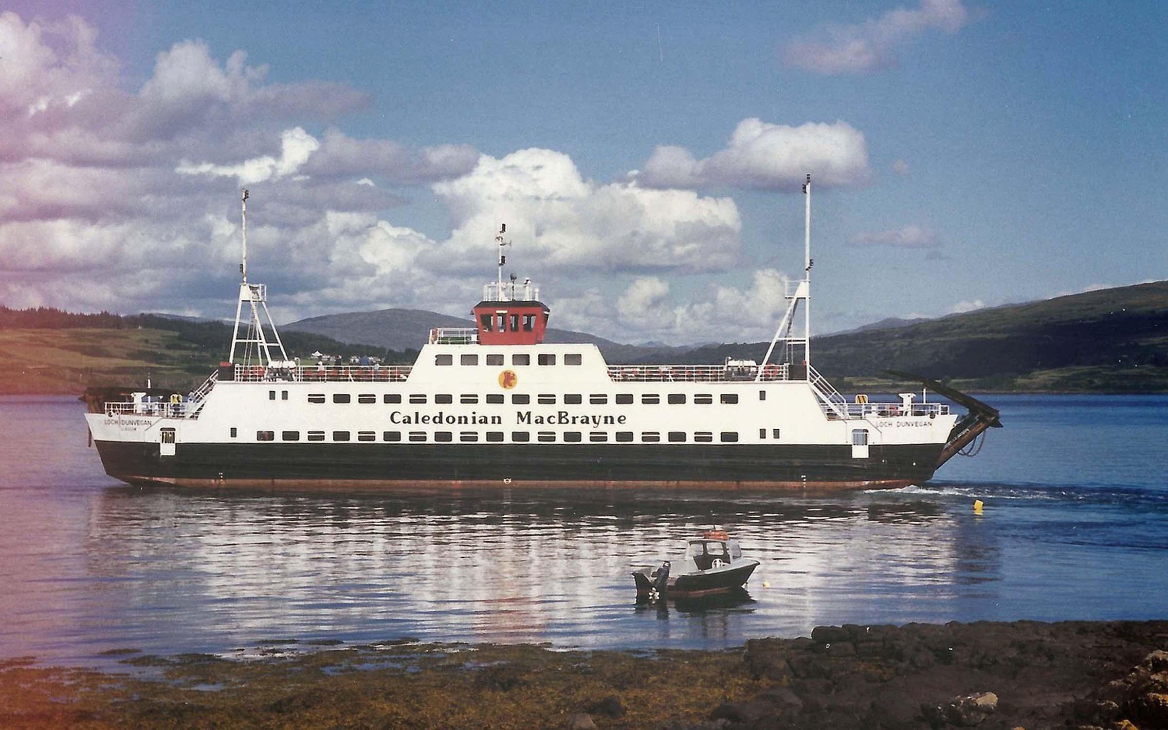 Loch Dunvegan leaving Fishnish (Iain McPherson)