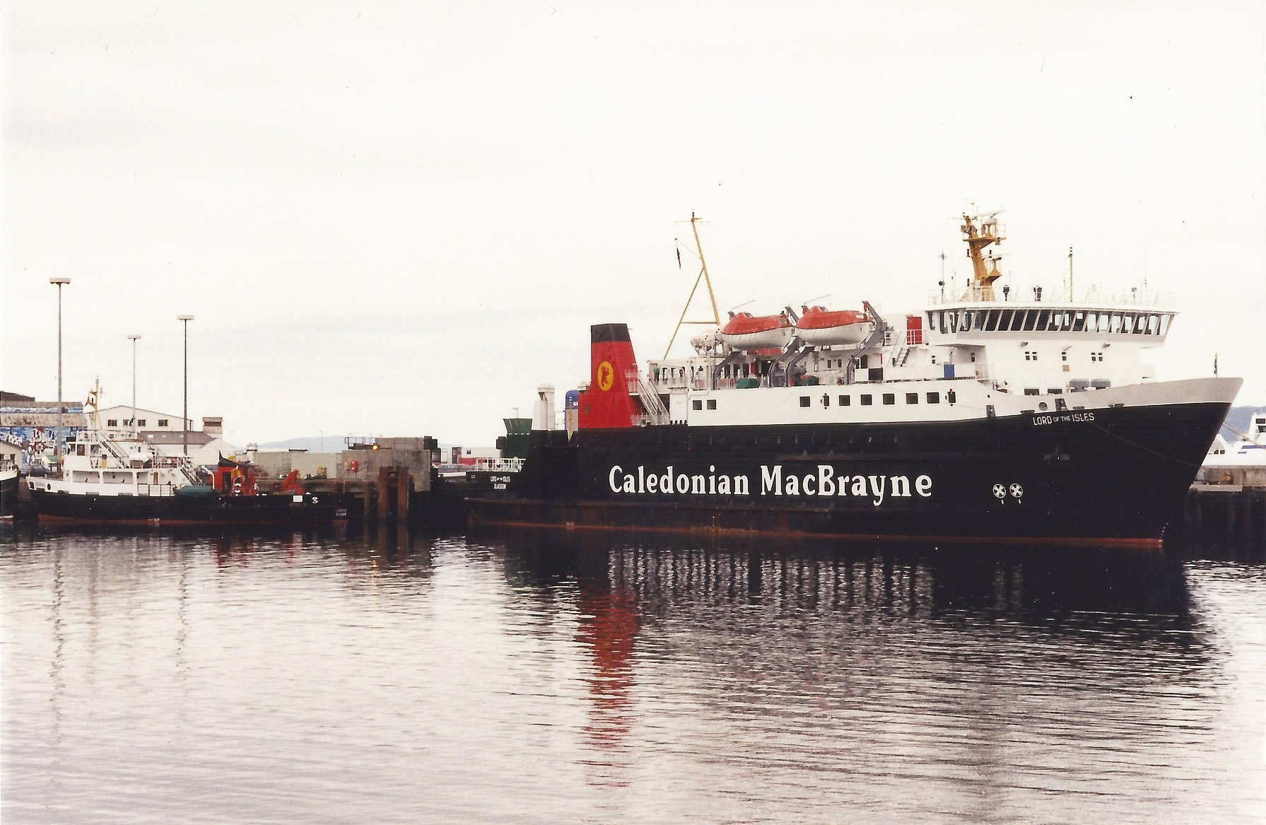 Lochmor at Mallaig with Lord of the Isles (Iain McPherson)