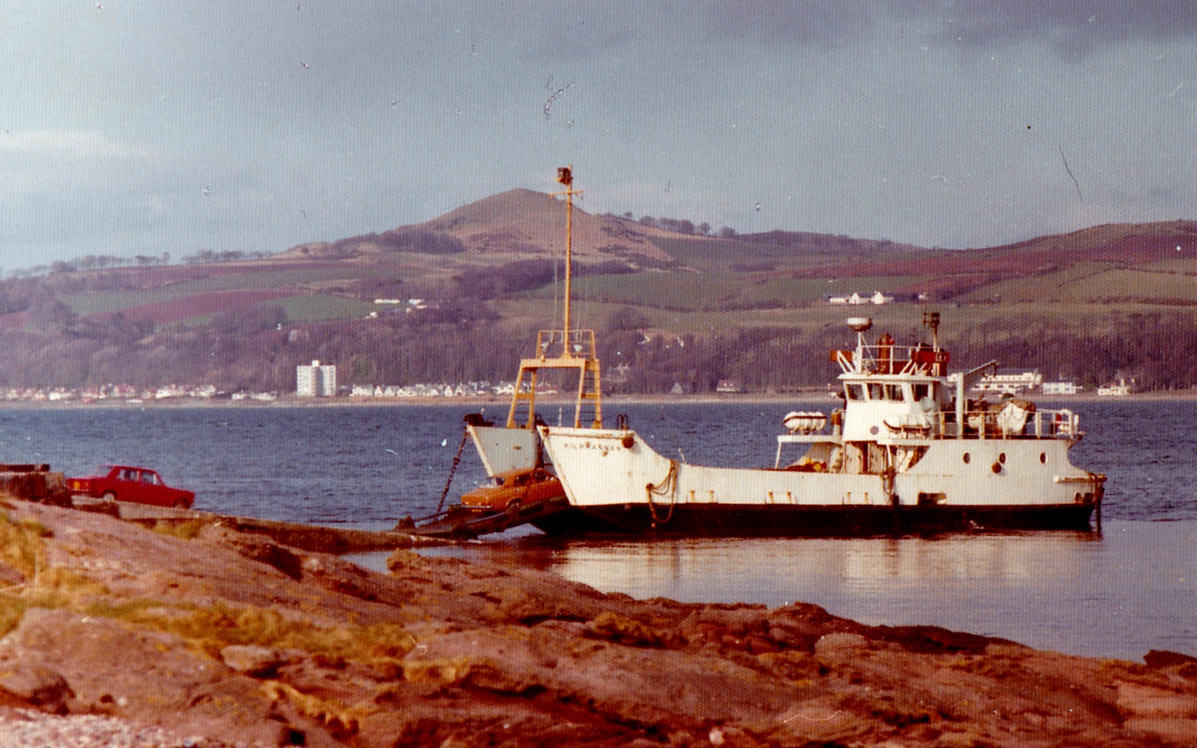 Kilbrannan at Cumbrae Slip (Jim Aikman Smith)