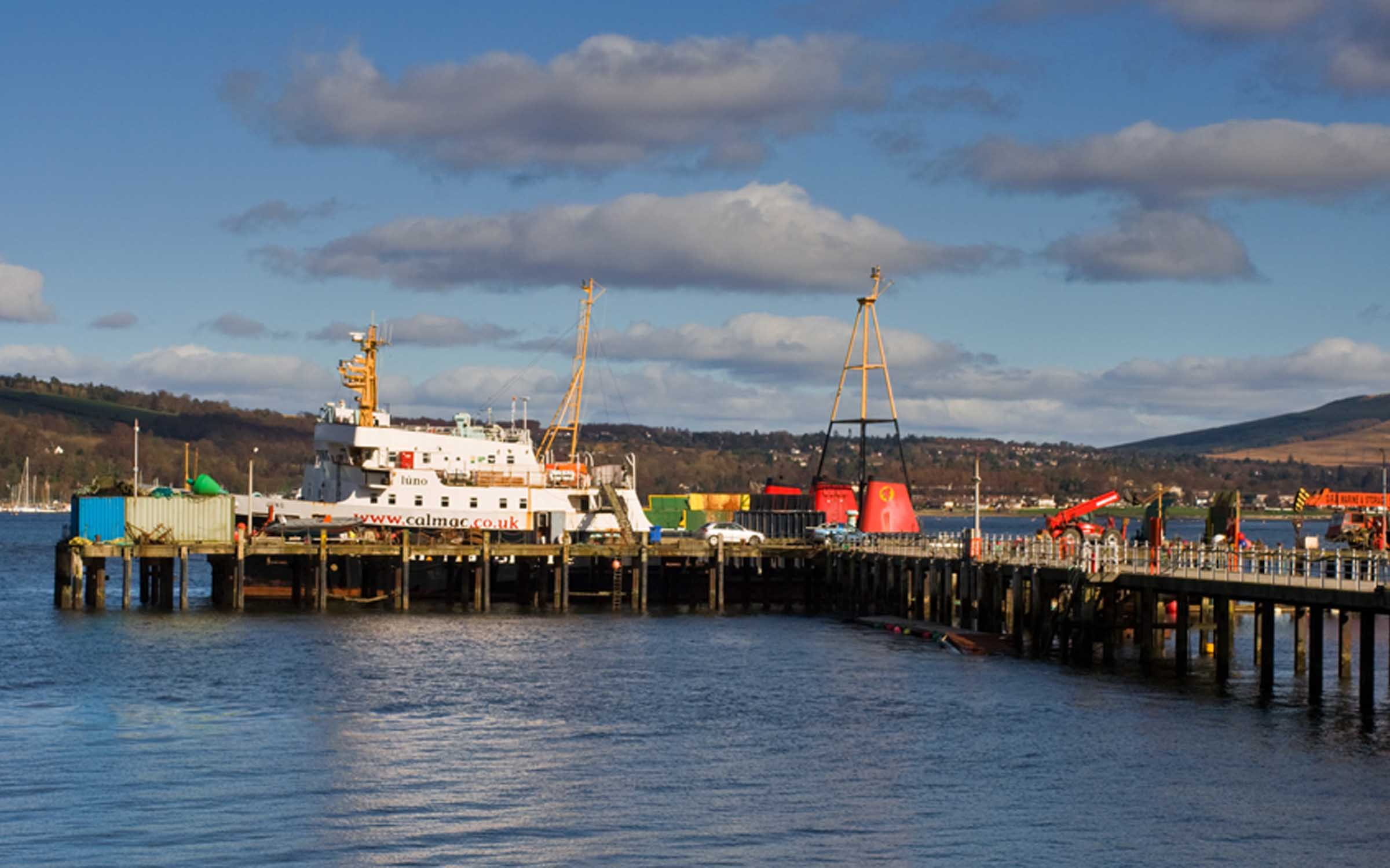 Juno with Saturn at Rosneath (Ships of CalMac)