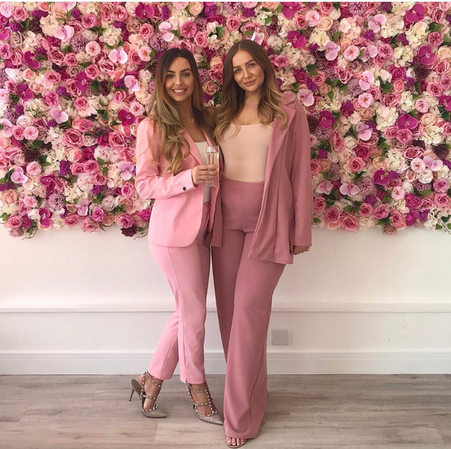 pink flower walls