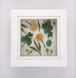 Small frame flat lay design