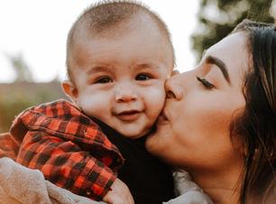 Parenting2-omar-lopez-716653-unsplash-WE