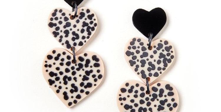 Candy Heart Earrings - Black / Ivory
