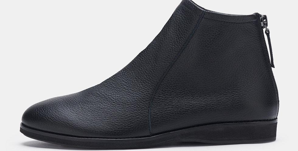 Aura Boot All Black