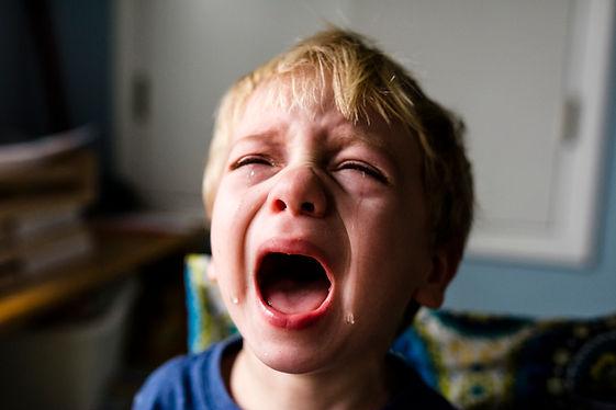 enfant qui pleure.jpg