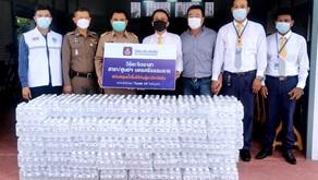 วิริยะประกันภัย สนับสนุนน้ำดื่มให้ผู้มาฉีดวัคซีน โควิด-19แก่โรงพยาบาลทุกพื้นที่ในนครศรีธรรมราช