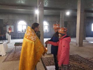 Первое венчание на подворье
