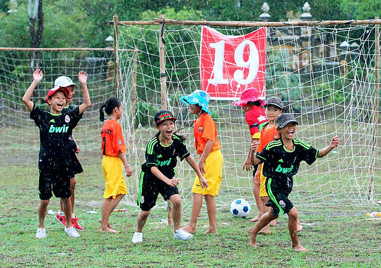 Football for all Viet 4.jpg