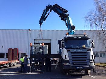 La société MLTM propose des prestations de manutention, levage et transports toutes distances