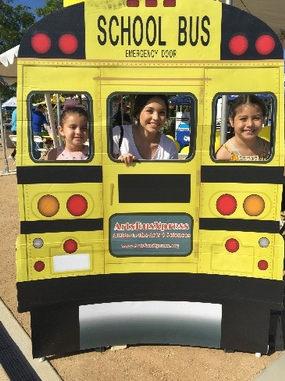 schoolbus-display-vertical.jpg
