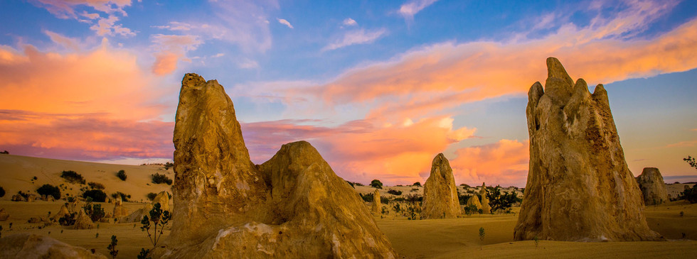 The Pinnacles, Nambung National Park.JPG