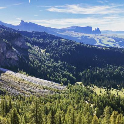 Dolomites (3).JPG