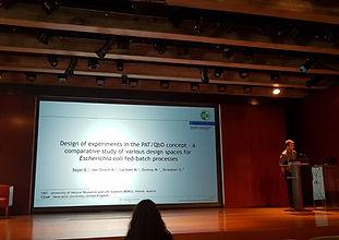 novasign presenting a talk at a scientific conference