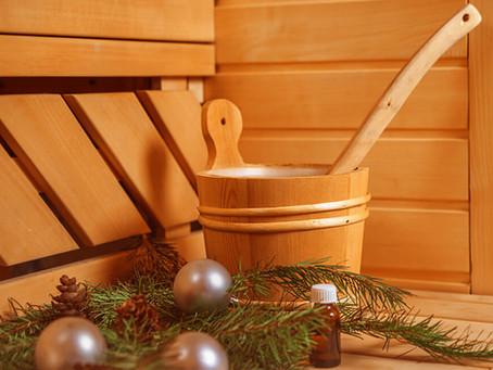 Jak přežít Vánoce ve zdraví a bez kil navíc? Vsaďte na saunu