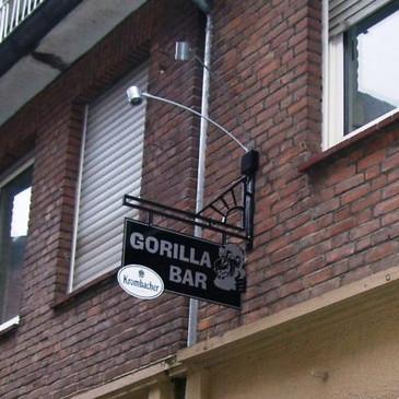 Schildausleger, Gorilla Bar, Münster.jpg