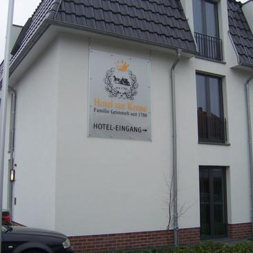 Plexiglas-Wandschild, Hotel zur Krone, G