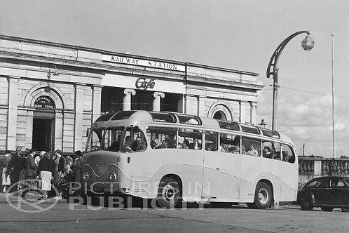 Heuston Station1956 Ref R56-3316