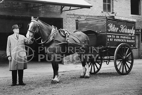 Kennedy Bakery  of Parnell Street Delivery 1961 Ref R1903