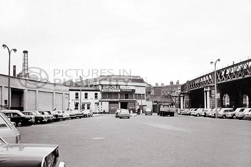 Beresford Place  Dublin 1968 Ref R68-4018